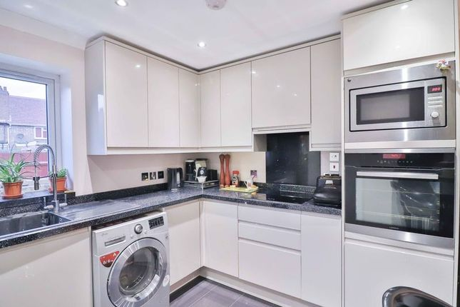 Thumbnail Terraced house for sale in Warren Parade, Rochfords Gardens, Slough