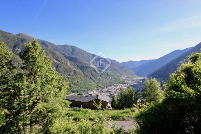 Thumbnail Land for sale in Andorra, Escaldes, And12155