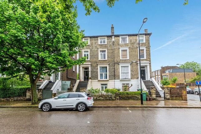 Thumbnail Flat to rent in Cantelowes Road, London