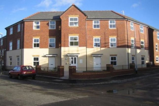 2 bed flat to rent in Appleton Street, Manchester