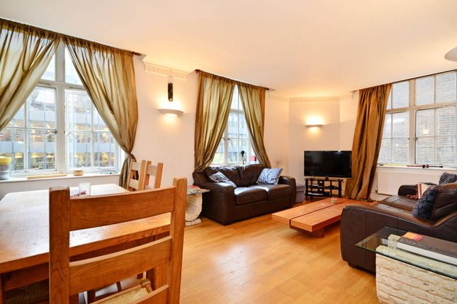 Thumbnail Flat to rent in Russel Square, Bloomsbury