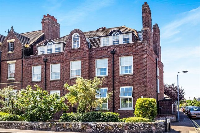 Thumbnail Flat for sale in Norwich Road, Cromer