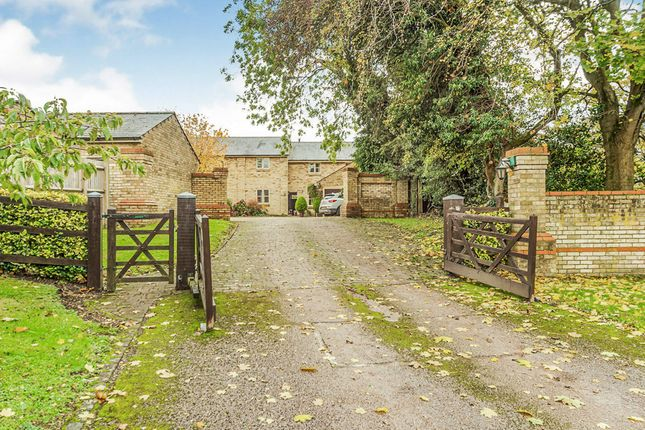 Thumbnail Terraced house for sale in Tuthill Court, Therfield, Royston