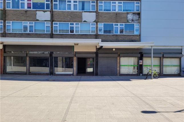 Thumbnail Retail premises to let in & 6 Kennedy Way, Immingham, Lincolnshire