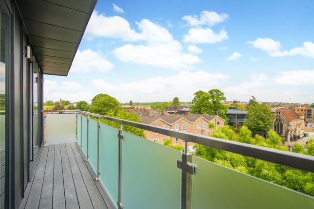 Thumbnail Flat for sale in Old London Road, Kingston Upon Thames