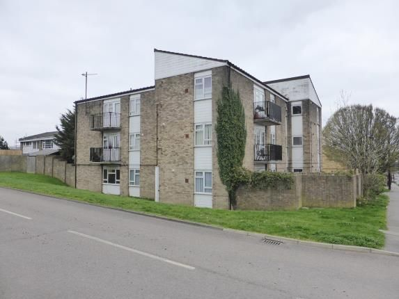 Thumbnail Flat for sale in Manor Road, Benfleet