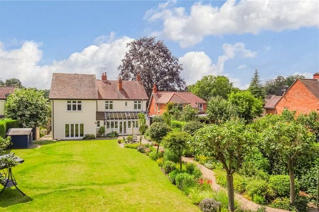 Thumbnail Detached house for sale in Pinehill Road, Crowthorne