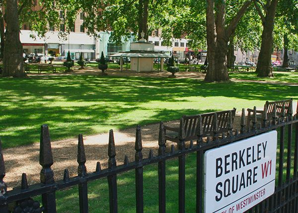 Thumbnail Town house for sale in Berkeley Square, Mayfair