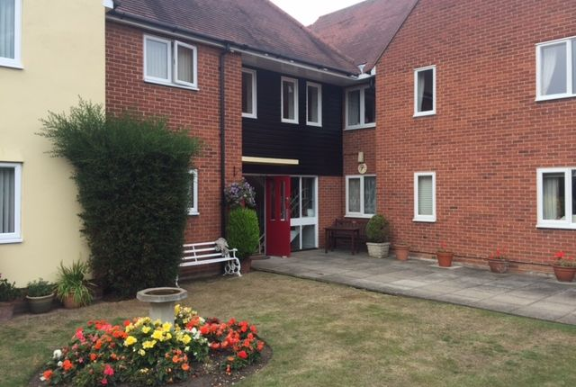 2 bed flat for sale in Panfield Lane, Braintree
