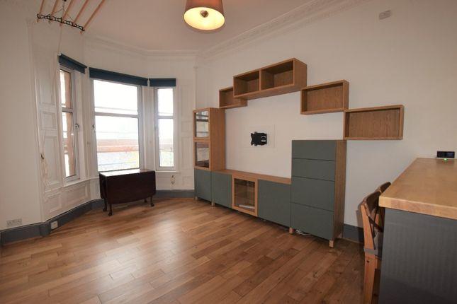 3 bed flat to rent in Gilmore Place, Bruntsfield, Edinburgh EH3