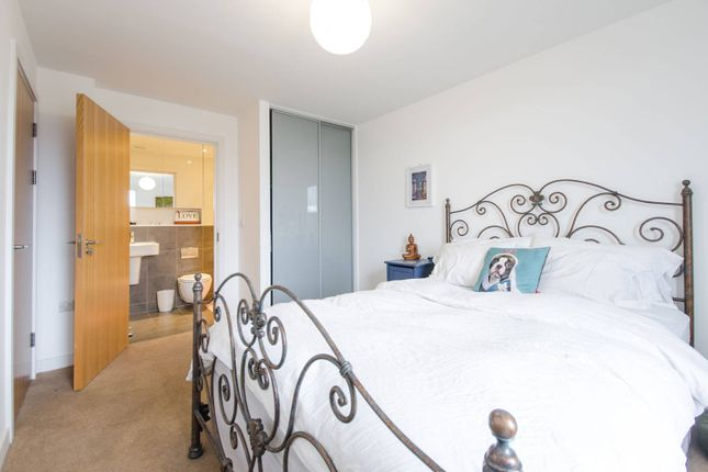 Thumbnail Flat to rent in Conington Road, Deptford