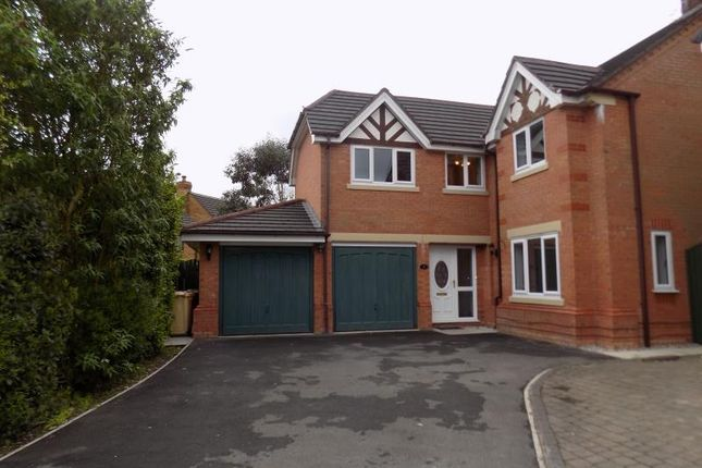 Thumbnail Detached house to rent in Portfield Close, Heaton, Bolton