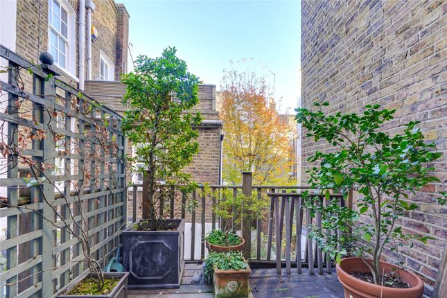 Picture No. 10 of Callcott Street, Kensington, London W8
