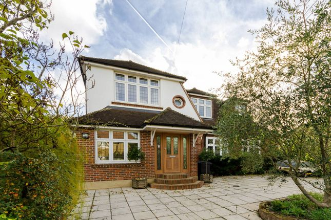 Thumbnail Detached house for sale in Forest Side, Worcester Park