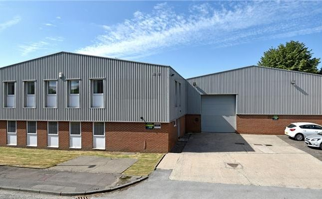 Light industrial to let in Unit 3, Hunslet Trading Estate, Severn Road, Leeds, West Yorkshire