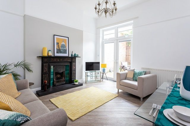 Thumbnail Flat to rent in Flat 1, Townwell Cottage, 54 Welsh Row, Nantwich, Cheshire