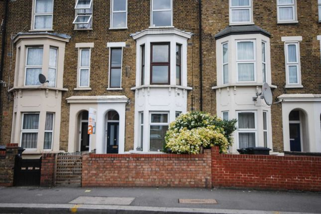 Thumbnail Property to rent in Grange Park Road, London