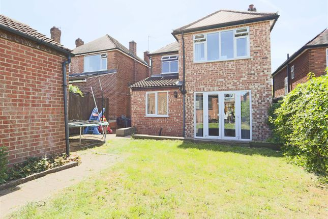 18454 of Kingswell Road, Arnold, Nottinghamshire NG5