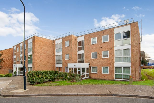 Thumbnail Flat for sale in Rokesby Place, Wembley