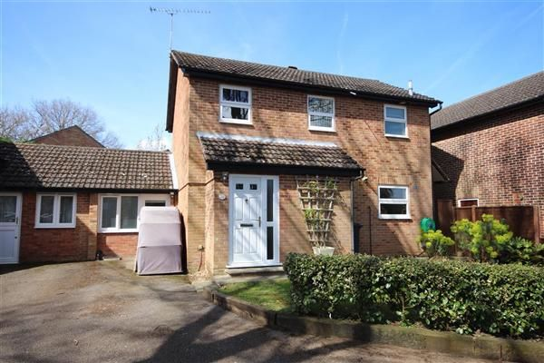 Thumbnail Detached house to rent in Hibiscus Grove, Bordon