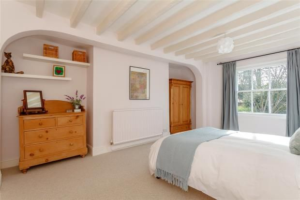 Bed 2 of High Street, Malpas SY14
