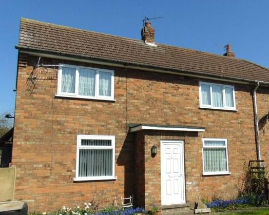 Thumbnail Semi-detached house to rent in Willow Grove, Keadby, Scunthorpe