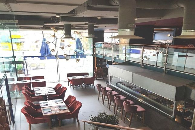 Thumbnail Restaurant/cafe to let in Upper Richmond Road, Putney, London