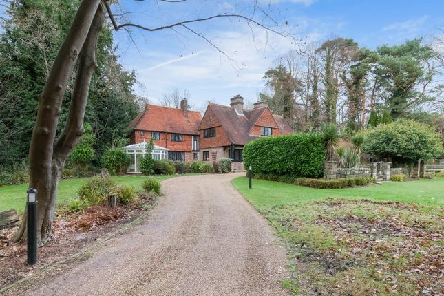Thumbnail Detached house for sale in London Road, Maresfield