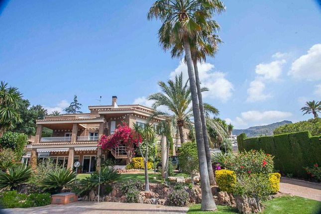 8 bed villa for sale in Puzol, Valencia, Spain