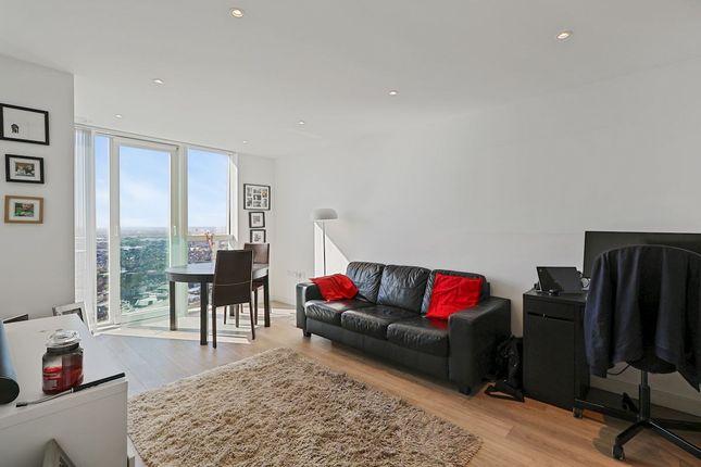 Property for sale in Pinnacle Apartments, Saffron Central Square, Croydon