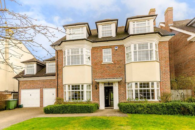 Thumbnail Property to rent in Chadwick Place, Long Ditton