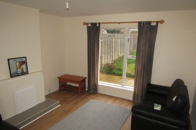 Thumbnail Semi-detached house to rent in Kingsway, Leamington Spa