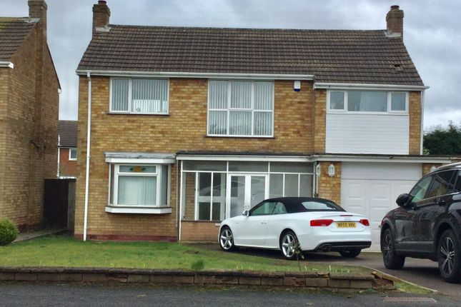 Thumbnail Detached house to rent in Martin Road, Walsall