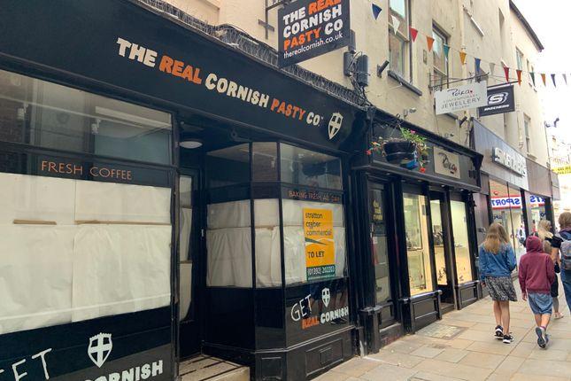 Retail premises to let in Martins Lane, Exeter