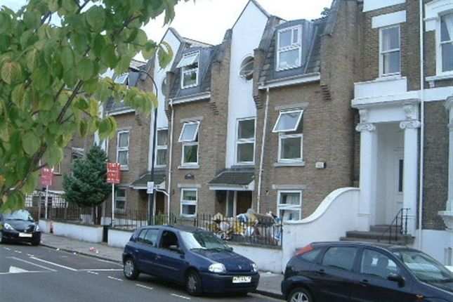 Thumbnail Property to rent in Benbow Road, London