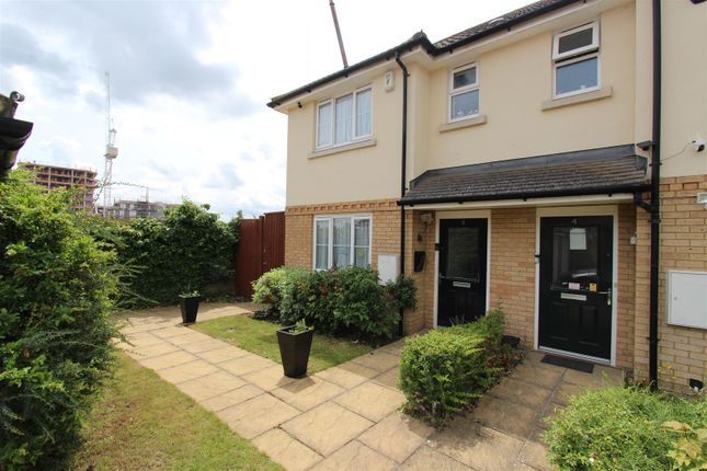 3 bed semi-detached house to rent in Mulberry Place, Harrow HA2