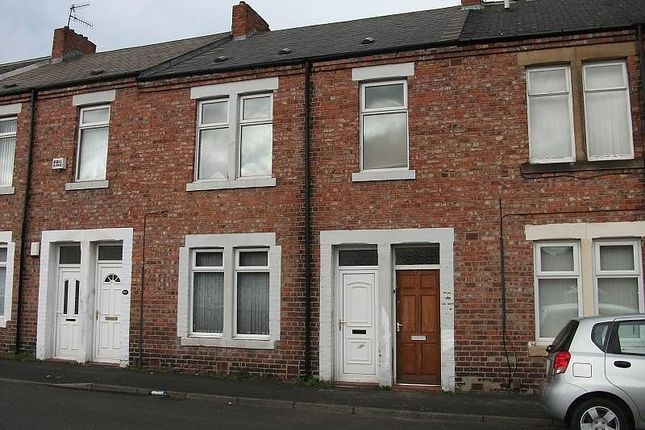 Thumbnail Flat to rent in Haig Street, Dunston, Gateshead