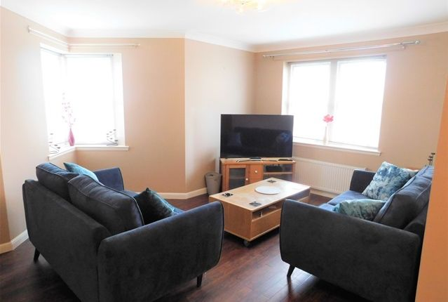 Flat to rent in Hillside Grove, Bo'ness