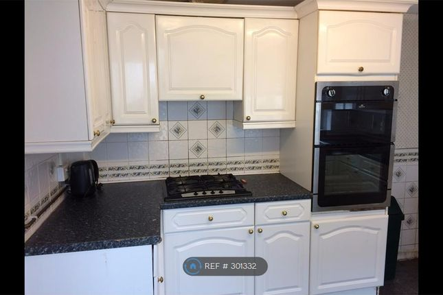 Thumbnail Terraced house to rent in Gore Terrace, Swansea