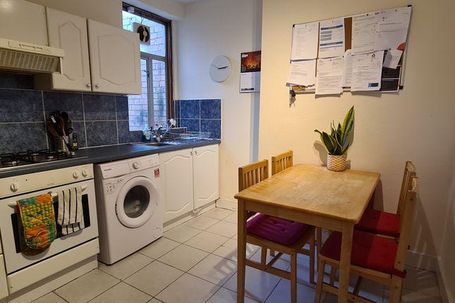 Flat to rent in Tottenham Lane, Hornsey