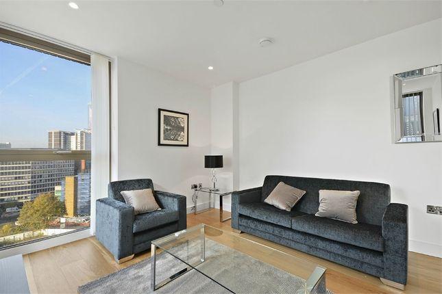 Thumbnail Flat to rent in Vita Apartments, 1 Caithness Walk, Croydon