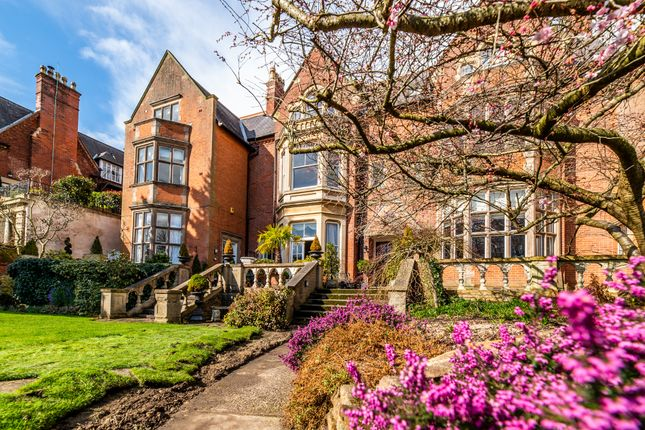 Thumbnail Flat for sale in Newcastle Court, The Park, Nottingham