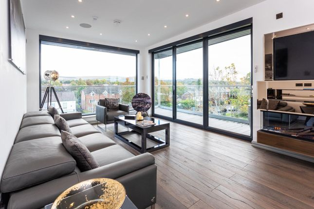 Thumbnail Flat for sale in Queensway, Poynton, Stockport