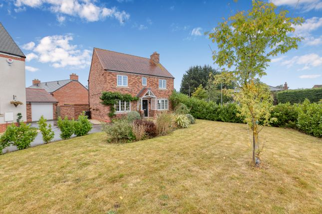 Thumbnail Detached house for sale in Saxon Field, Shefford