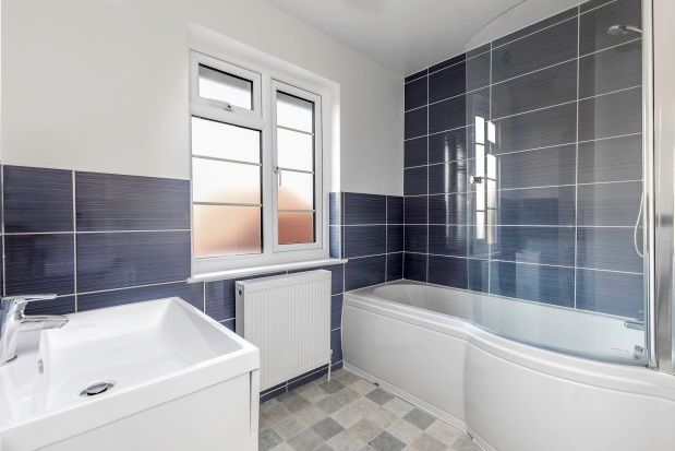 Property to rent in Abbey Road, Worthing