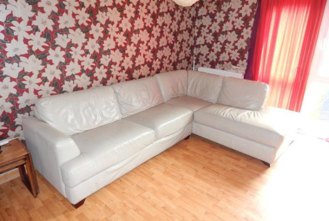 Thumbnail End terrace house to rent in Ladywell Avenue, Dundee