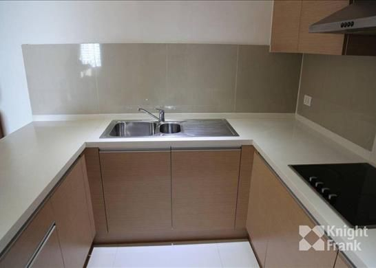 2 bed apartment for sale in For Sale - 2 Bedroom Empire Place Condominium Bts Chongnonsi