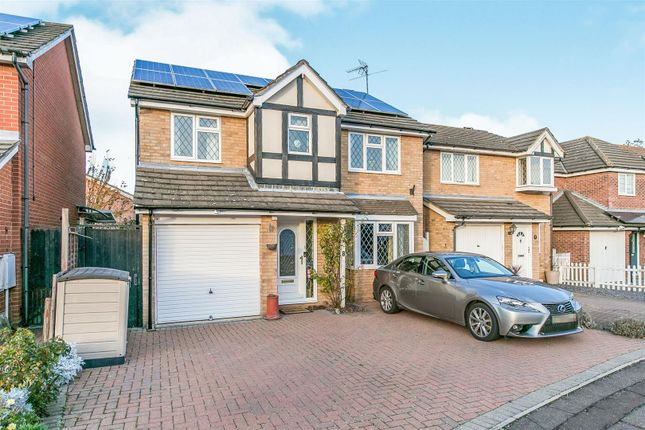 Thumbnail Property for sale in Flanders Field, Colchester