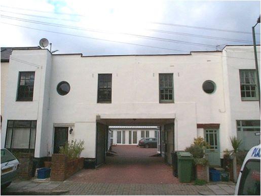 St Margarets Grove, Twickenham TW1