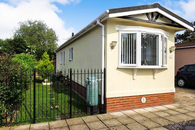 Thumbnail Mobile/park home for sale in Kingsmans Farm Road, Hullbridge, Hockley